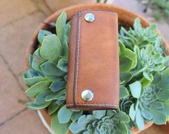 Leather Key Holder, Handmade Leather Key Ring, Leather key pouch, Leather Key Case