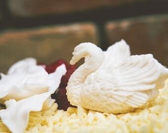 Cake topper Swan 2 figure set