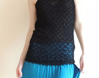 FREE SHIPPING - Vintage TRIXIE Crochet black top with long shoulder Straps and Lining, size 38/40 or S/M