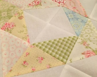 READY SOON  ** Beautiful vintage style baby quilt