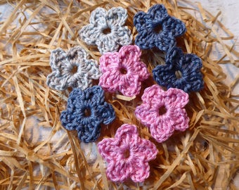 Eight small crochet flower, approx. 3.5 cm