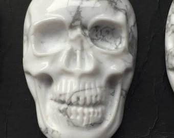 Howlite skull cabochon