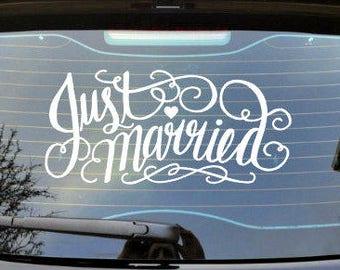 JUST MARRIED car decal, wedding decal, wedding car decal, wedding decorations