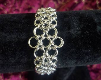 Chainmaille Flower bracelet
