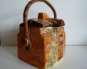 Arthur Wood 'Morton Old Hall' biscuit barrel