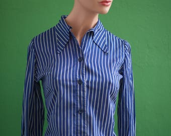 Woman's size 36 (fr) S collar tip long sleeves