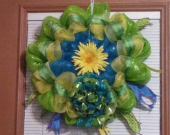 Green, blue and yellow wreath