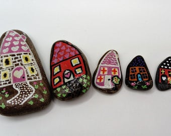 hand painted pebble art, houses
