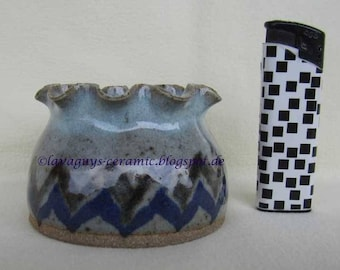 British studio pottery small vase by Dick and Barbara Wright of Gosforth Pottery