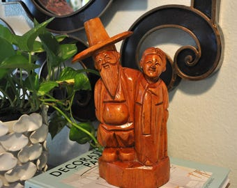 Vintage Wood Farmer Statue, Smiling Asian Man and Wife
