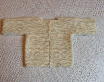 Ecru color vest for 3-month-old baby, knitted hand