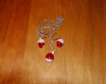 Red and White small necklace and earrings set