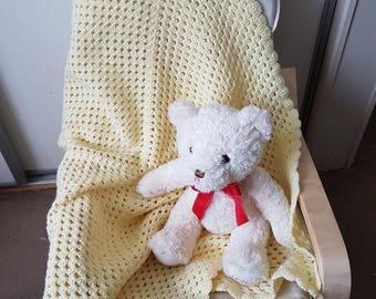 Handmade lemon crochet baby blanket