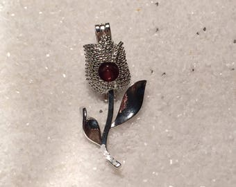 Rose Cage Pendant with red Akoya pearl