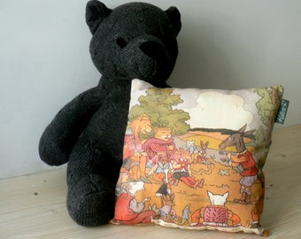 Cushion Fable, animals sick of the plague