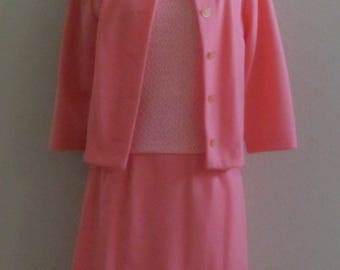 Women's Vintage 60s 70s Dutchmaid Mango Colored Knit 3pc Suit