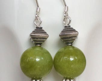 Agate Earrings, Earrings Green Agate 12mm round with silver