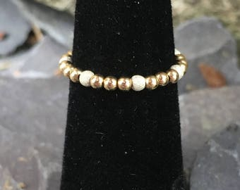 14 kt gold bead with Sterling silver sparkle beads  stretch bead Toe ring comfy!  U.K.