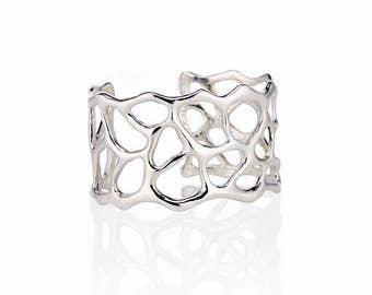 Anguilla Cuff Bracelet