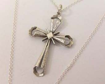 Hallmarked Sterling Silver Textured Cross Pendant On Silver Chain #3085