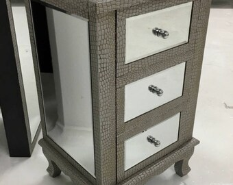 1 X Moc Croc Embossed 3 Drawer Mirrored Bedside Table Cabinets