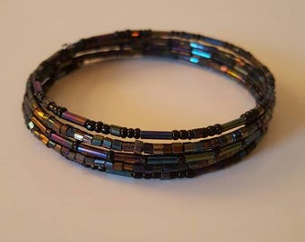 Memory Wire Beaded Bracelet (Black)