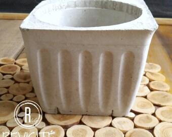 Line square in concrete pot