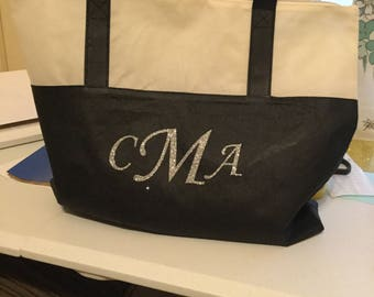 Monogrammed tote bag with zippered top