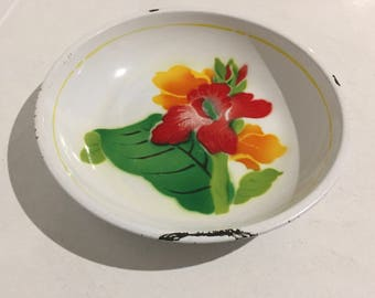 Vintage Chinese Enamel Bowl with lovely red and orange floral decale.
