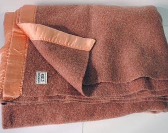 Vintage Bello 100 percent wool blanket, 67x89, fits twin or full