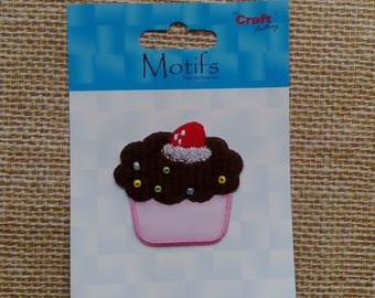 CUPCAKE Applique Motif - iron on / sew on