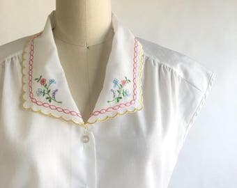 1980s White Cap Sleeve Floral Embroidered Blouse by Judy Bond