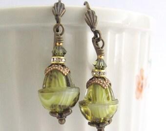 Vintage Green Earrings, Vintage Glass Earrings, Boho Bohemian Jewelry, Vintage Earrings, Clip On Earrings, Gift for Her, Hawaii Beads