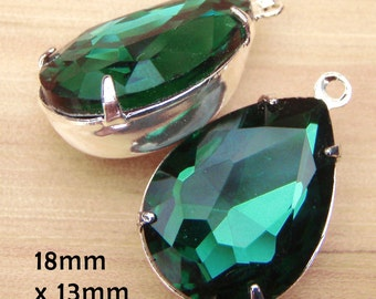Emerald Green Glass Beads, Pear or Teardrop, Silver Settings, Brass Settings, 18mm x 13mm, Glass Jewels, Cabochon, Glass Gems, One Pair