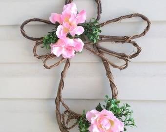 Grapevine Angel Rose Wreath, Vine angel, angel door decoration, rose and boxwood angel, primitive angel, angel wall decor, rustic angel