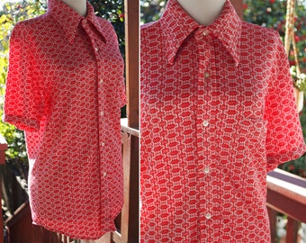 """MOD 1960's 70's Men's Vintage Red + White Abstract Geometric ZigZag Shirt // size Medium 38 40"""" Chest // by TOWNCRAFT // Cotton Poly"""
