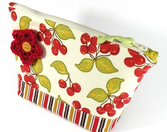 ZIPPER POUCH - Cherry - Cosmetic Bag Red Cherries