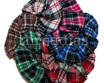 Plaid scrunchies // set of 6 scrunchies - 90s grunge scrunchie set