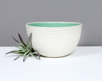 Modern Porcelain Bowl Mint Green, Small Groove Bowl in Mint Green