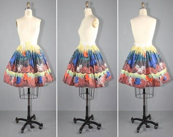 1950s skirt / novelty print / cotton skirt / MARIPOSA vintage skirt