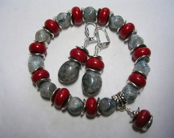 Red and Gray Stretch Bracelet Jade and Marbled Grey Glass Stretchy Bracelet Wire Wrapped Leverback Hooks Red and Gray Set Gifts under 10
