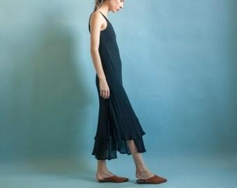 black sheer layered chiffon dress / black maxi vamp dress / s / m / B3