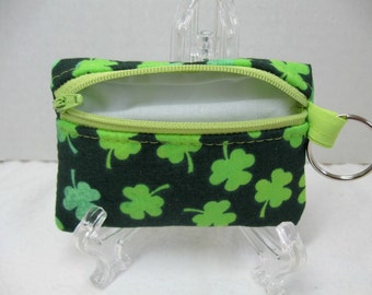 Change Purse St Patricks Day - Coin Purse Clovers - Small Zippered Pouch - Clover Key Chain Pouch - Padded Earbud Case