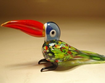 Handmade Blown Glass Figurine Art Colorful Bird TOUCAN with Red Beak