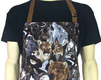Forest animal apron , Adjustable with Pocket , Cabin Kitchen Decor , Bears , Wolves , Eagles , Deer , Woodland Creatures / Professional Chef