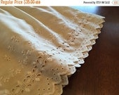 BIG SALE - Vintage Bed Skirt - Eyelet Dust Ruffle - Natural Beige - Full Size