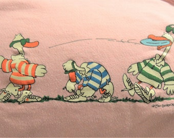 "Jim Benton Pink Sweatshirt ,L,80's Ducks Plying Frisbee, Funny Cartoon Crewneck, Good VTG condition,40"" – 42"" Chest Large,"