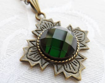 75% Off Sale Deep Emerald Green Faceted Glass Necklace