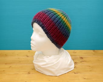 Stretchy multi-coloured beanie hat