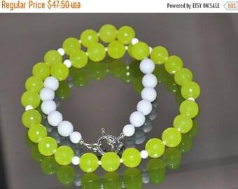 Jade Necklace, Neon Jade, White Agate, Gemstone necklace, Sterling Silver, Gemstone Jewelry, Bright Jewelry, Fashion